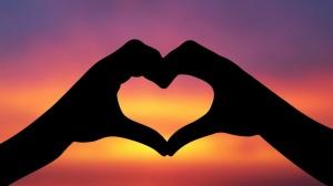 Hands-Love-Sunset-1600x900